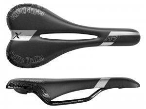 Siodło SELLE ITALIA X1 X-CROSS PLUS FLOW (id match - **) Fec Alloy 7, duro-tek, 320g czarne